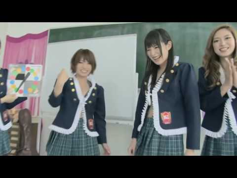 Japanese Girls Plays The Twister Game   Crazy and funny game show