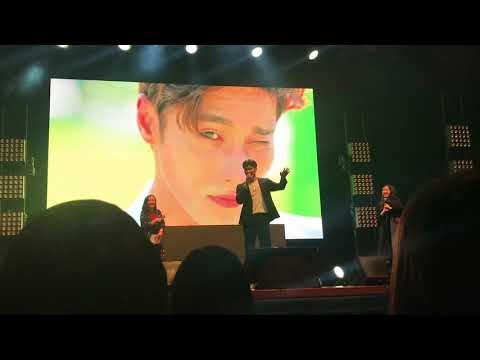 171028 Fancam Sung Hoon talks with Baby Shark cute dance @ Korea Drama Night in Malaysia