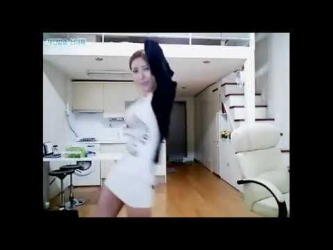 Sexy korean girl dancing