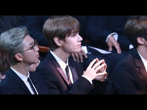[FANCAM]BTS reaction to Red velvet speech@korean popular culture and entertainement awards 2018