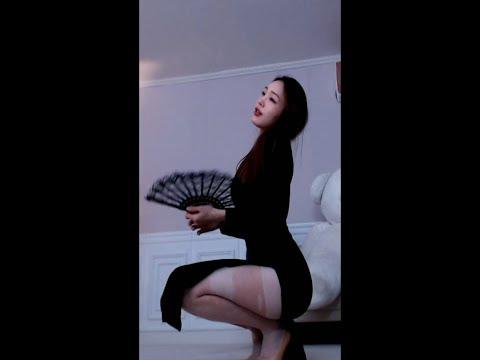 2019.03.05—Korean BJ—韩国美女主播bj윤어린,高叉旗袍白丝腿!#Korean BJ#