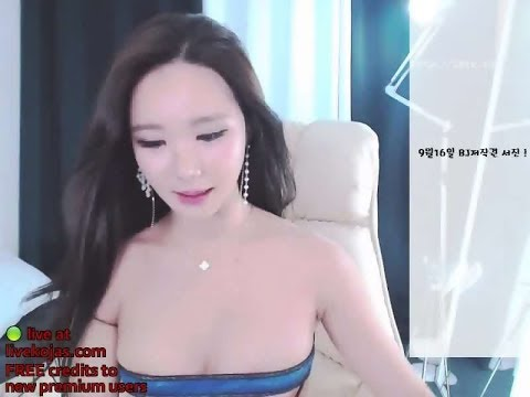 Hot Girl Korean Sexy Dance on Cam / Tarian Seksi Korea Di Kamera #7