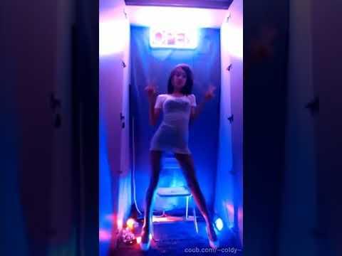 sexy korean girl dancing in neon! best coub! секси корейская девушка танцует в неоне!