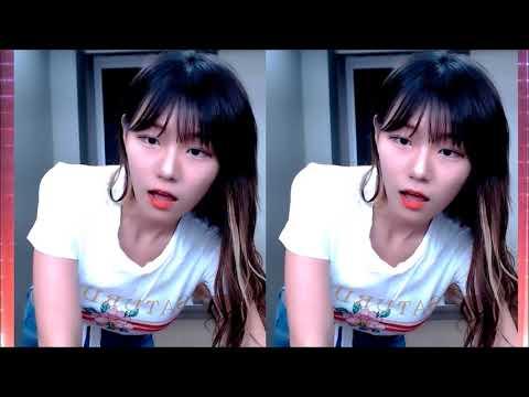 sexy korean Twitch girl dancing